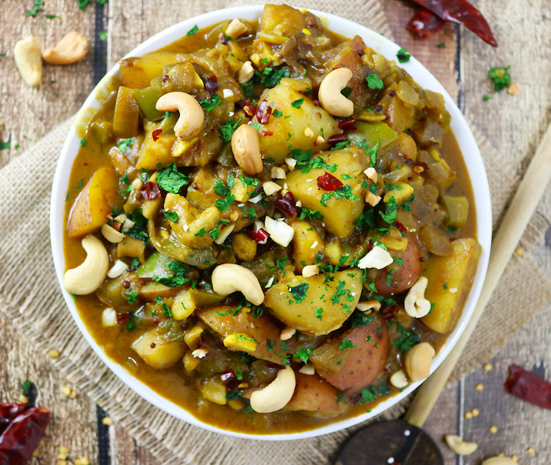 SriLankan-Potato-Cashew-Curry-ggnoads-503f994dcdde5a046b40373cd11e041c36b048ff