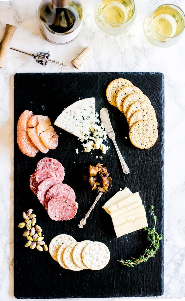 Valetines-Day-Cheese-Board-8470a5871f569d5302472dafc7c4792d13d455b2