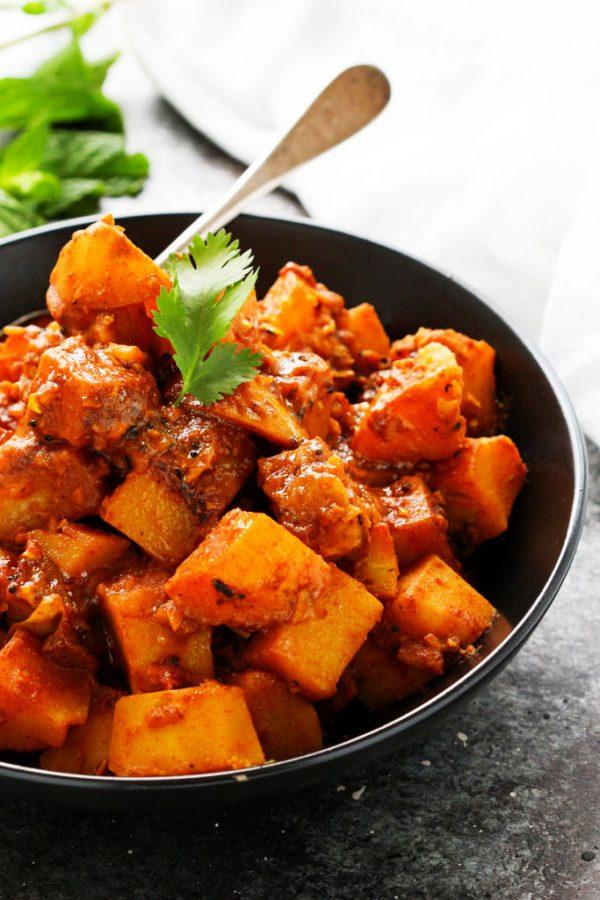 potato-vindaloo-10-600x900-75c8995b9db3114e3a5e5e5638470f3fc605a7b0