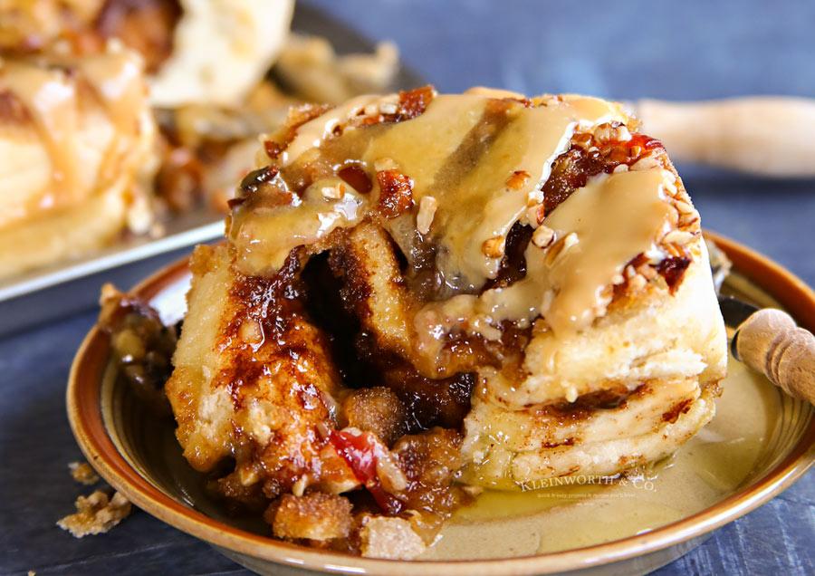 Bacon-Caramel-Sticky-Buns-900-8fa2868e3e5faafd0703fbb772ac5fa3669e6c2d